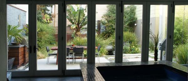 san-francisco-looking-to-patio